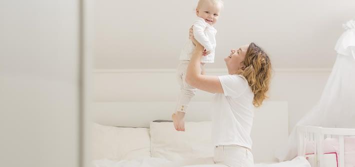 Activitati cu bebelusul: 0-3 luni
