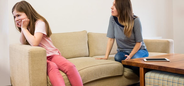 """Gadgeturile, noii """"tutori"""" ai copilului?"""